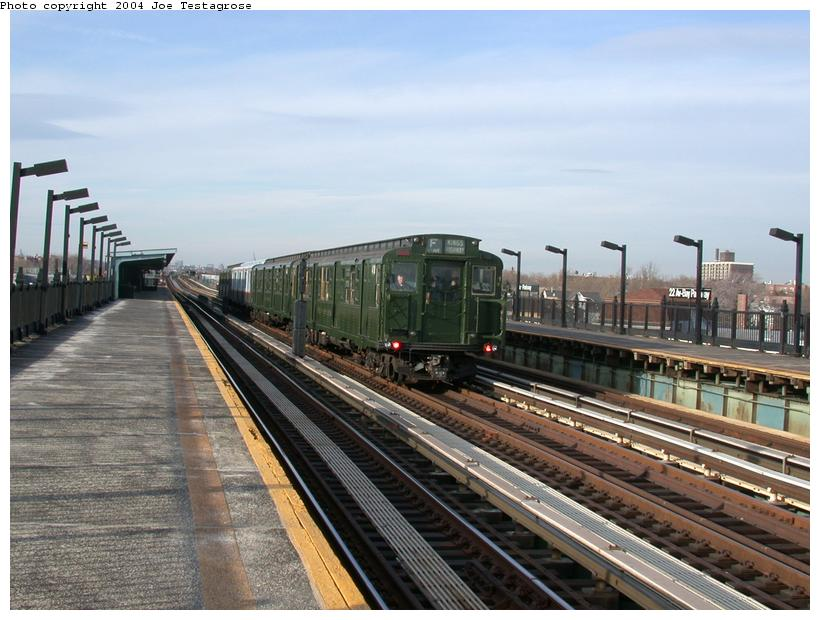(116k, 820x620)<br><b>Country:</b> United States<br><b>City:</b> New York<br><b>System:</b> New York City Transit<br><b>Line:</b> BMT Culver Line<br><b>Location:</b> Bay Parkway (22nd Avenue) <br><b>Route:</b> Fan Trip<br><b>Car:</b> R-4 (American Car & Foundry, 1932-1933) 401 <br><b>Photo by:</b> Joe Testagrose<br><b>Date:</b> 2/29/2004<br><b>Viewed (this week/total):</b> 1 / 2790