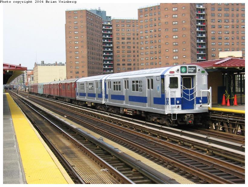 (114k, 820x620)<br><b>Country:</b> United States<br><b>City:</b> New York<br><b>System:</b> New York City Transit<br><b>Line:</b> IRT West Side Line<br><b>Location:</b> 125th Street <br><b>Route:</b> Fan Trip<br><b>Car:</b> R-33 Main Line (St. Louis, 1962-63) 9010 <br><b>Photo by:</b> Brian Weinberg<br><b>Date:</b> 4/18/2004<br><b>Viewed (this week/total):</b> 0 / 3433