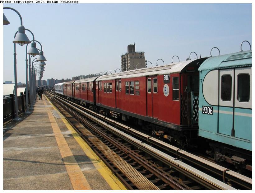 (87k, 820x620)<br><b>Country:</b> United States<br><b>City:</b> New York<br><b>System:</b> New York City Transit<br><b>Line:</b> IRT West Side Line<br><b>Location:</b> 238th Street <br><b>Route:</b> Fan Trip<br><b>Car:</b> R-33 Main Line (St. Louis, 1962-63) 9017 <br><b>Photo by:</b> Brian Weinberg<br><b>Date:</b> 4/18/2004<br><b>Viewed (this week/total):</b> 1 / 2043