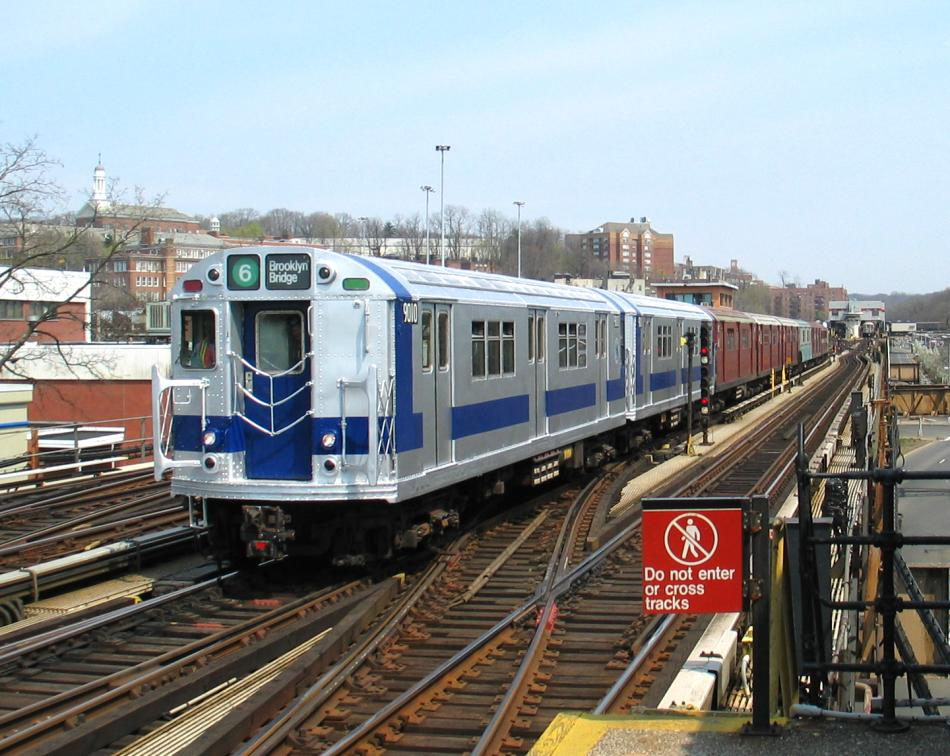 (114k, 950x756)<br><b>Country:</b> United States<br><b>City:</b> New York<br><b>System:</b> New York City Transit<br><b>Line:</b> IRT West Side Line<br><b>Location:</b> 238th Street <br><b>Route:</b> Fan Trip<br><b>Car:</b> R-33 Main Line (St. Louis, 1962-63) 9010 <br><b>Photo by:</b> David of Broadway<br><b>Date:</b> 4/18/2004<br><b>Viewed (this week/total):</b> 1 / 6787