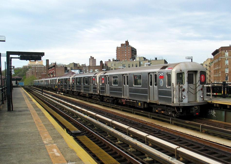 (102k, 950x674)<br><b>Country:</b> United States<br><b>City:</b> New York<br><b>System:</b> New York City Transit<br><b>Line:</b> IRT West Side Line<br><b>Location:</b> 207th Street <br><b>Route:</b> 1<br><b>Car:</b> R-62A (Bombardier, 1984-1987)  2425 <br><b>Photo by:</b> David of Broadway<br><b>Date:</b> 4/25/2004<br><b>Viewed (this week/total):</b> 0 / 3603