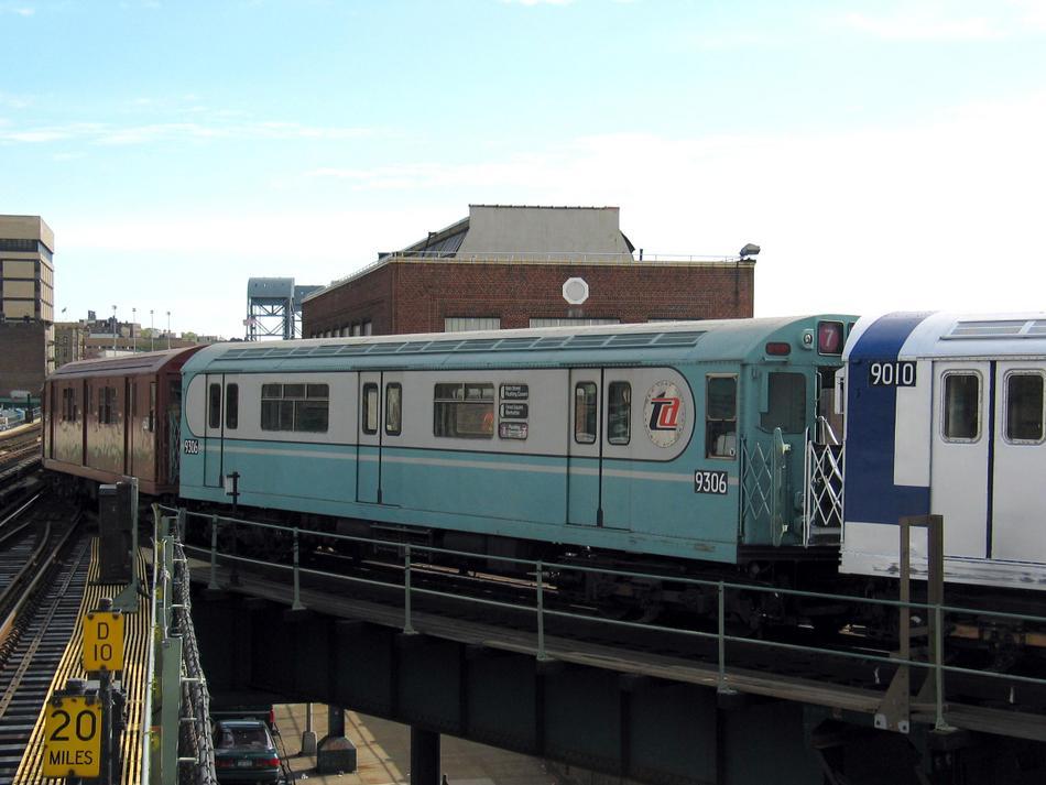 (76k, 950x713)<br><b>Country:</b> United States<br><b>City:</b> New York<br><b>System:</b> New York City Transit<br><b>Line:</b> IRT West Side Line<br><b>Location:</b> 207th Street <br><b>Route:</b> Fan Trip<br><b>Car:</b> R-33 World's Fair (St. Louis, 1963-64) 9306 <br><b>Photo by:</b> David of Broadway<br><b>Date:</b> 4/25/2004<br><b>Viewed (this week/total):</b> 0 / 3132