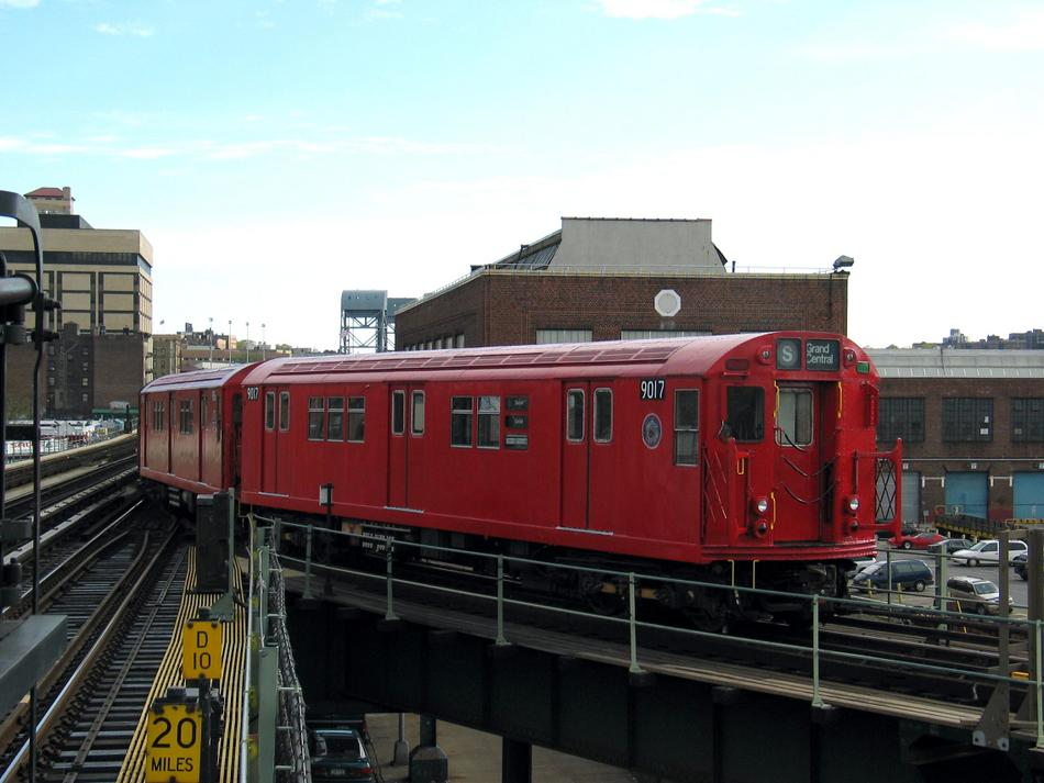 (81k, 950x713)<br><b>Country:</b> United States<br><b>City:</b> New York<br><b>System:</b> New York City Transit<br><b>Line:</b> IRT West Side Line<br><b>Location:</b> 207th Street <br><b>Route:</b> Fan Trip<br><b>Car:</b> R-33 Main Line (St. Louis, 1962-63) 9017 <br><b>Photo by:</b> David of Broadway<br><b>Date:</b> 4/25/2004<br><b>Viewed (this week/total):</b> 8 / 3993