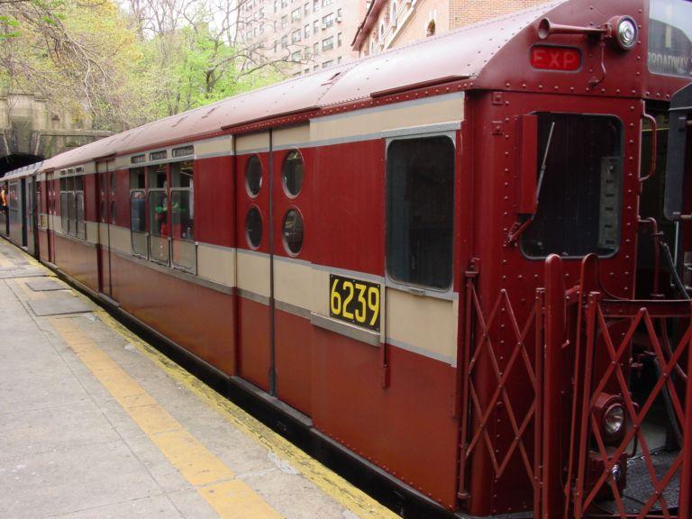 (73k, 768x576)<br><b>Country:</b> United States<br><b>City:</b> New York<br><b>System:</b> New York City Transit<br><b>Line:</b> IRT West Side Line<br><b>Location:</b> Dyckman Street <br><b>Route:</b> Fan Trip<br><b>Car:</b> R-15 (American Car & Foundry, 1950) 6239 <br><b>Photo by:</b> Richard Panse<br><b>Date:</b> 4/25/2004<br><b>Viewed (this week/total):</b> 4 / 2898