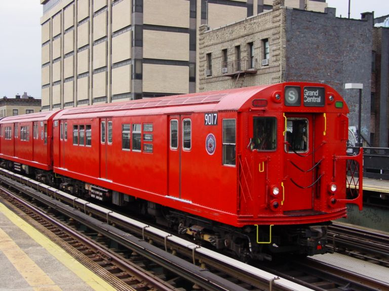 (91k, 768x576)<br><b>Country:</b> United States<br><b>City:</b> New York<br><b>System:</b> New York City Transit<br><b>Line:</b> IRT West Side Line<br><b>Location:</b> 215th Street <br><b>Route:</b> Fan Trip<br><b>Car:</b> R-33 Main Line (St. Louis, 1962-63) 9017 <br><b>Photo by:</b> Richard Panse<br><b>Date:</b> 4/25/2004<br><b>Viewed (this week/total):</b> 0 / 3571