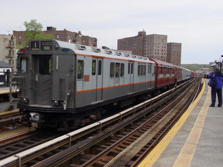 (74k, 768x576)<br><b>Country:</b> United States<br><b>City:</b> New York<br><b>System:</b> New York City Transit<br><b>Line:</b> IRT West Side Line<br><b>Location:</b> 225th Street <br><b>Route:</b> Fan Trip<br><b>Car:</b> R-12 (American Car & Foundry, 1948) 5760 <br><b>Photo by:</b> Richard Panse<br><b>Date:</b> 4/25/2004<br><b>Viewed (this week/total):</b> 0 / 3688