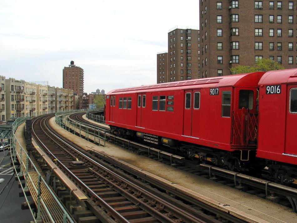 (102k, 950x713)<br><b>Country:</b> United States<br><b>City:</b> New York<br><b>System:</b> New York City Transit<br><b>Line:</b> IRT West Side Line<br><b>Location:</b> Dyckman Street <br><b>Route:</b> Fan Trip<br><b>Car:</b> R-33 Main Line (St. Louis, 1962-63) 9017 <br><b>Photo by:</b> David of Broadway<br><b>Date:</b> 4/25/2004<br><b>Viewed (this week/total):</b> 1 / 3200