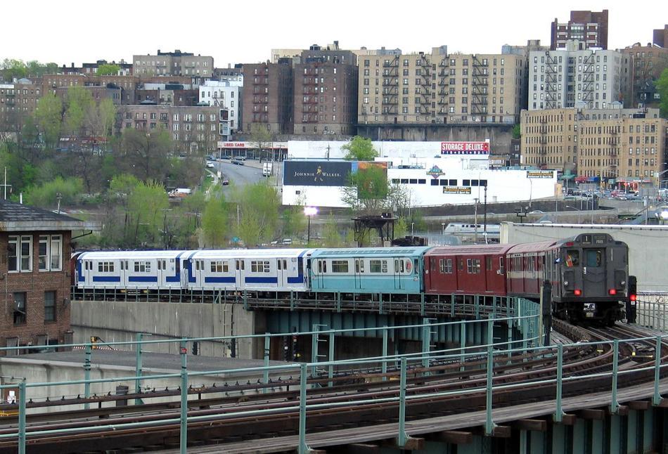 (124k, 950x646)<br><b>Country:</b> United States<br><b>City:</b> New York<br><b>System:</b> New York City Transit<br><b>Location:</b> 207th Street Yard<br><b>Route:</b> Fan Trip<br><b>Photo by:</b> David of Broadway<br><b>Date:</b> 4/25/2004<br><b>Viewed (this week/total):</b> 1 / 5165