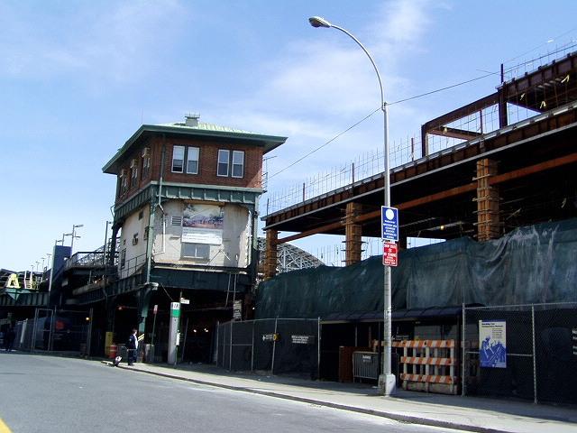 (123k, 640x480)<br><b>Country:</b> United States<br><b>City:</b> New York<br><b>System:</b> New York City Transit<br><b>Location:</b> Coney Island/Stillwell Avenue<br><b>Photo by:</b> Irwin Markowitz<br><b>Date:</b> 4/25/2004<br><b>Viewed (this week/total):</b> 0 / 2570