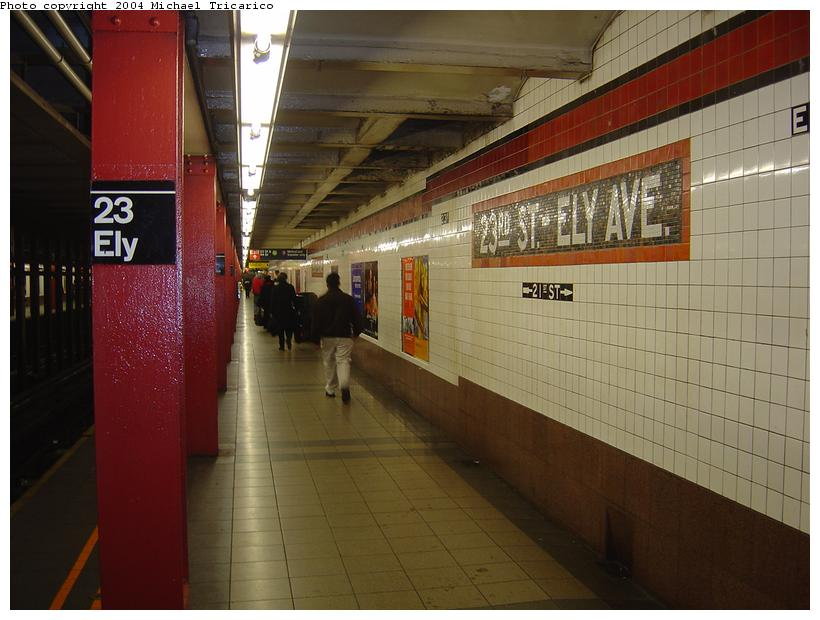 (78k, 820x620)<br><b>Country:</b> United States<br><b>City:</b> New York<br><b>System:</b> New York City Transit<br><b>Line:</b> IND Queens Boulevard Line<br><b>Location:</b> Court Square/23rd St (Ely Avenue) <br><b>Photo by:</b> Michael Tricarico<br><b>Date:</b> 4/9/2004<br><b>Viewed (this week/total):</b> 0 / 3469