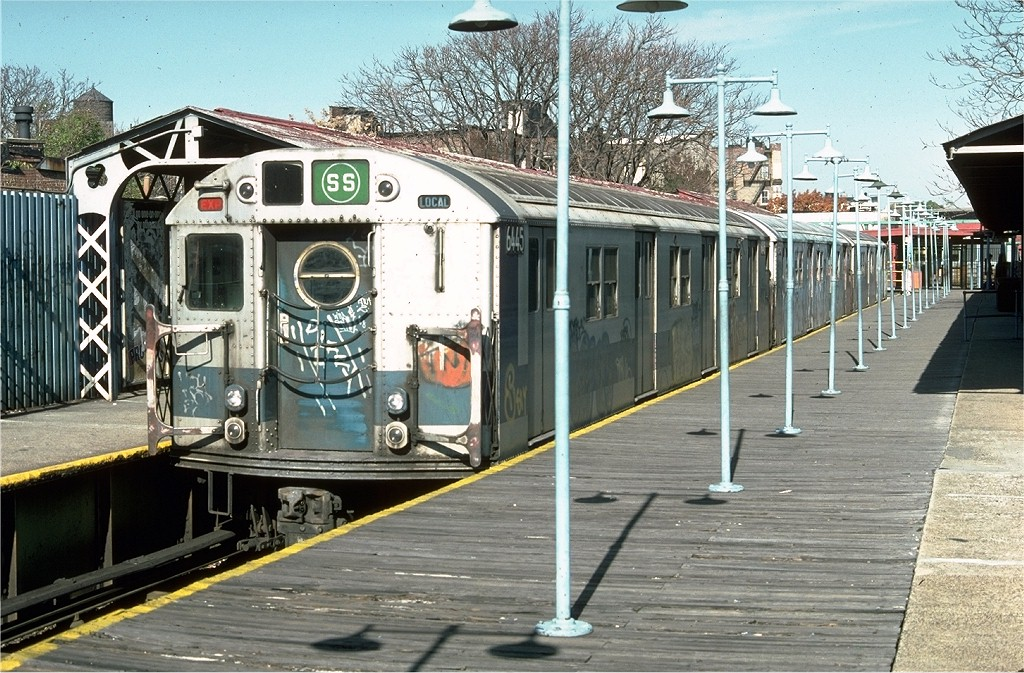 (258k, 1024x673)<br><b>Country:</b> United States<br><b>City:</b> New York<br><b>System:</b> New York City Transit<br><b>Line:</b> BMT Franklin<br><b>Location:</b> Franklin Avenue <br><b>Route:</b> Franklin Shuttle<br><b>Car:</b> R-16 (American Car & Foundry, 1955) 6445 <br><b>Photo by:</b> Doug Grotjahn<br><b>Collection of:</b> Joe Testagrose<br><b>Date:</b> 11/2/1976<br><b>Viewed (this week/total):</b> 3 / 4974