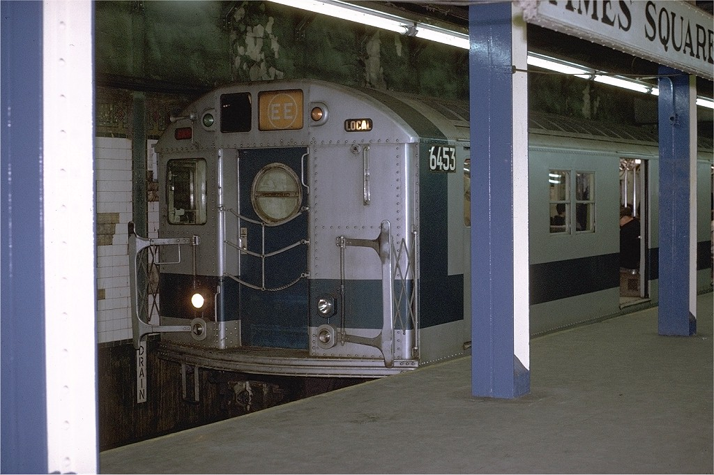 (210k, 1024x681)<br><b>Country:</b> United States<br><b>City:</b> New York<br><b>System:</b> New York City Transit<br><b>Line:</b> BMT Broadway Line<br><b>Location:</b> Times Square/42nd Street <br><b>Route:</b> EE<br><b>Car:</b> R-16 (American Car & Foundry, 1955) 6453 <br><b>Photo by:</b> Joe Testagrose<br><b>Date:</b> 2/9/1971<br><b>Viewed (this week/total):</b> 1 / 4576