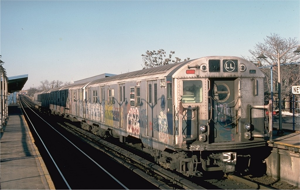 (195k, 1024x648)<br><b>Country:</b> United States<br><b>City:</b> New York<br><b>System:</b> New York City Transit<br><b>Line:</b> BMT Canarsie Line<br><b>Location:</b> New Lots Avenue <br><b>Route:</b> LL<br><b>Car:</b> R-16 (American Car & Foundry, 1955) 6461 <br><b>Photo by:</b> Bob Epstein<br><b>Collection of:</b> Joe Testagrose<br><b>Date:</b> 12/24/1976<br><b>Viewed (this week/total):</b> 1 / 5062