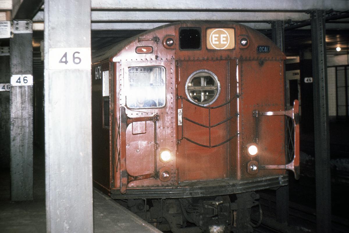 (407k, 1044x726)<br><b>Country:</b> United States<br><b>City:</b> New York<br><b>System:</b> New York City Transit<br><b>Line:</b> IND Queens Boulevard Line<br><b>Location:</b> 46th Street <br><b>Route:</b> EE<br><b>Car:</b> R-16 (American Car & Foundry, 1955) 6476 <br><b>Photo by:</b> Joe Testagrose<br><b>Date:</b> 5/12/1970<br><b>Viewed (this week/total):</b> 1 / 5796