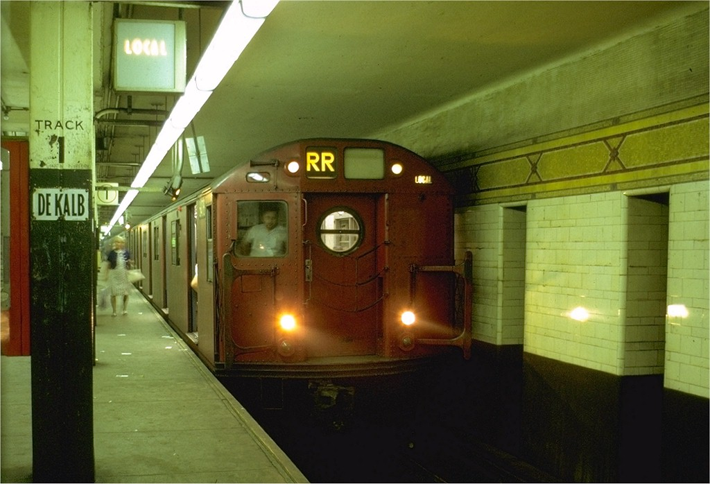 (164k, 1024x698)<br><b>Country:</b> United States<br><b>City:</b> New York<br><b>System:</b> New York City Transit<br><b>Location:</b> DeKalb Avenue<br><b>Route:</b> RR<br><b>Car:</b> R-16 (American Car & Foundry, 1955) 6478 <br><b>Photo by:</b> Doug Grotjahn<br><b>Collection of:</b> Joe Testagrose<br><b>Date:</b> 8/6/1969<br><b>Viewed (this week/total):</b> 3 / 4148