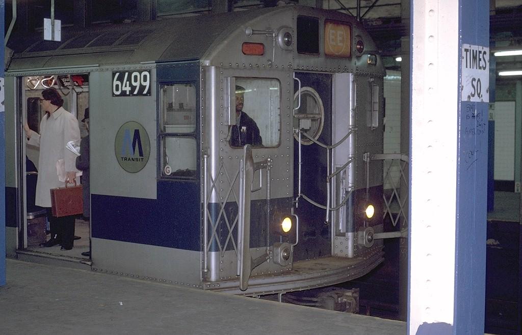 (187k, 1024x659)<br><b>Country:</b> United States<br><b>City:</b> New York<br><b>System:</b> New York City Transit<br><b>Line:</b> BMT Broadway Line<br><b>Location:</b> Times Square/42nd Street <br><b>Route:</b> EE<br><b>Car:</b> R-16 (American Car & Foundry, 1955) 6499 <br><b>Photo by:</b> Joe Testagrose<br><b>Date:</b> 2/9/1971<br><b>Viewed (this week/total):</b> 0 / 7194