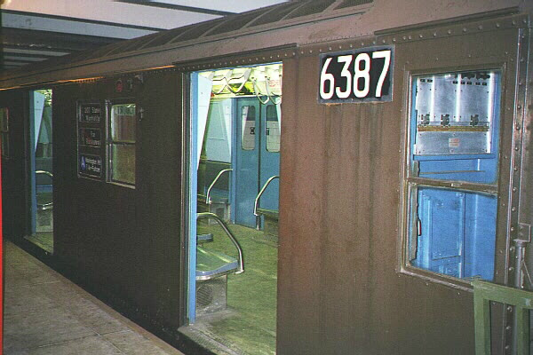 (105k, 600x400)<br><b>Country:</b> United States<br><b>City:</b> New York<br><b>System:</b> New York City Transit<br><b>Location:</b> New York Transit Museum<br><b>Car:</b> R-16 (American Car & Foundry, 1955) 6387 <br><b>Photo by:</b> Sidney Keyles<br><b>Date:</b> 5/23/1999<br><b>Viewed (this week/total):</b> 3 / 10204