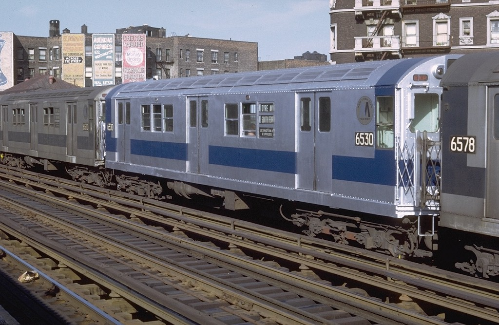 (213k, 1024x667)<br><b>Country:</b> United States<br><b>City:</b> New York<br><b>System:</b> New York City Transit<br><b>Line:</b> IRT White Plains Road Line<br><b>Location:</b> Prospect Avenue <br><b>Route:</b> 5<br><b>Car:</b> R-17 (St. Louis, 1955-56) 6530 <br><b>Photo by:</b> Doug Grotjahn<br><b>Collection of:</b> Joe Testagrose<br><b>Date:</b> 6/19/1971<br><b>Viewed (this week/total):</b> 0 / 3179