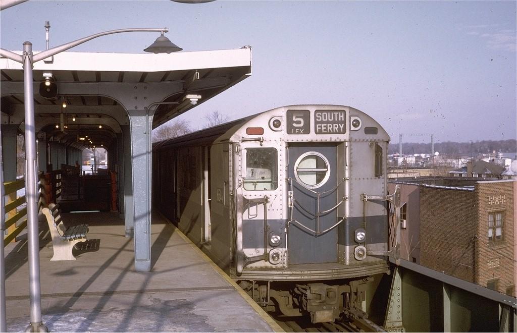 (190k, 1024x660)<br><b>Country:</b> United States<br><b>City:</b> New York<br><b>System:</b> New York City Transit<br><b>Line:</b> IRT Dyre Ave. Line<br><b>Location:</b> Dyre Avenue <br><b>Route:</b> 5<br><b>Car:</b> R-17 (St. Louis, 1955-56) 6544 <br><b>Photo by:</b> Doug Grotjahn<br><b>Collection of:</b> Joe Testagrose<br><b>Date:</b> 12/27/1970<br><b>Viewed (this week/total):</b> 3 / 4633