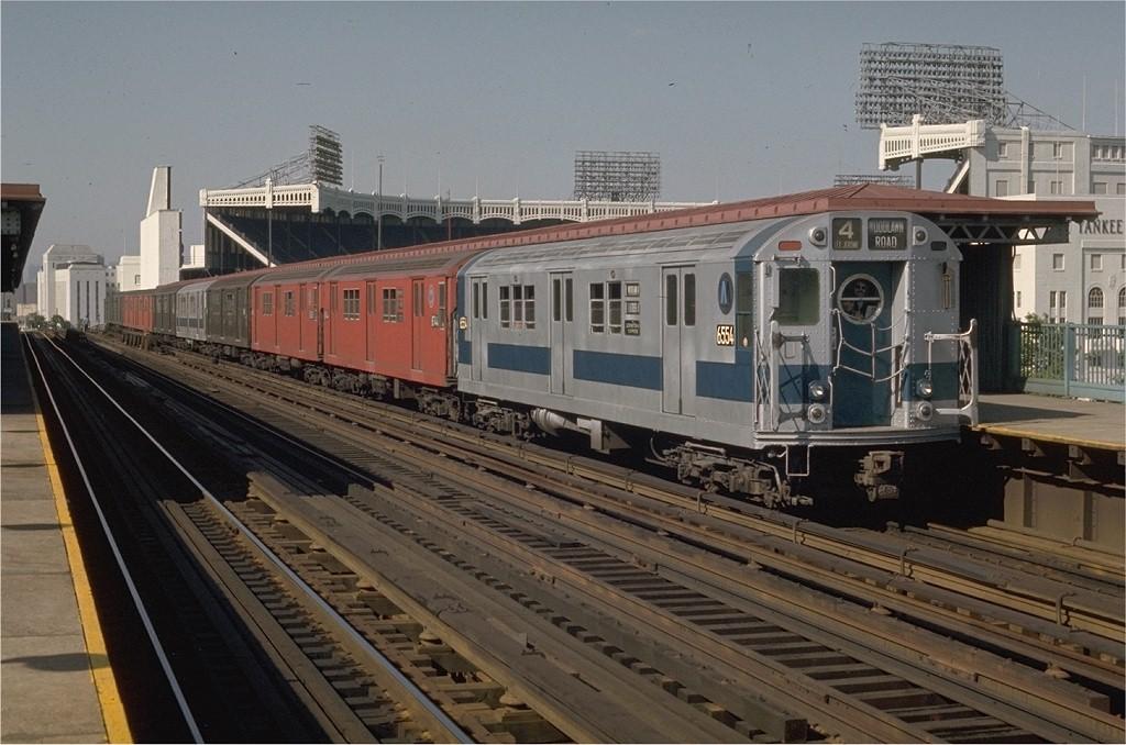 (192k, 1024x678)<br><b>Country:</b> United States<br><b>City:</b> New York<br><b>System:</b> New York City Transit<br><b>Line:</b> IRT Woodlawn Line<br><b>Location:</b> 161st Street/River Avenue (Yankee Stadium) <br><b>Route:</b> 4<br><b>Car:</b> R-17 (St. Louis, 1955-56) 6554 <br><b>Photo by:</b> Joe Testagrose<br><b>Date:</b> 5/27/1970<br><b>Viewed (this week/total):</b> 4 / 6790