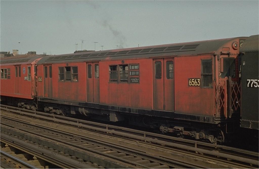 (171k, 1024x669)<br><b>Country:</b> United States<br><b>City:</b> New York<br><b>System:</b> New York City Transit<br><b>Line:</b> IRT White Plains Road Line<br><b>Location:</b> Intervale Avenue <br><b>Route:</b> 5<br><b>Car:</b> R-17 (St. Louis, 1955-56) 6563 <br><b>Photo by:</b> Joe Testagrose<br><b>Date:</b> 5/2/1970<br><b>Viewed (this week/total):</b> 3 / 2913