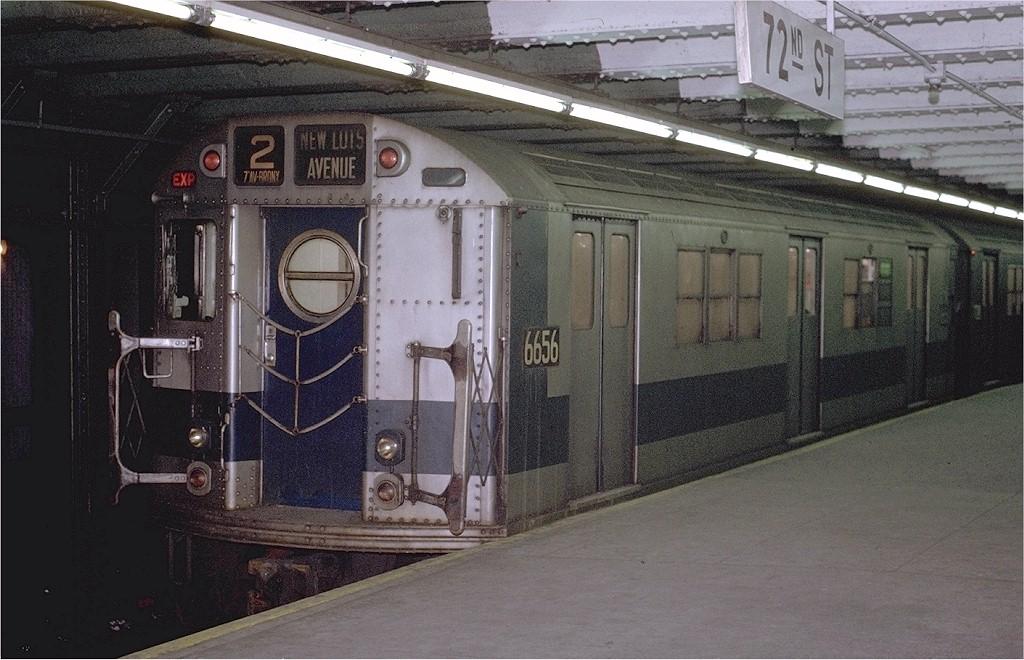 (202k, 1024x660)<br><b>Country:</b> United States<br><b>City:</b> New York<br><b>System:</b> New York City Transit<br><b>Line:</b> IRT West Side Line<br><b>Location:</b> 72nd Street <br><b>Route:</b> 2<br><b>Car:</b> R-17 (St. Louis, 1955-56) 6656 <br><b>Photo by:</b> Joe Testagrose<br><b>Date:</b> 1/23/1971<br><b>Viewed (this week/total):</b> 0 / 3004