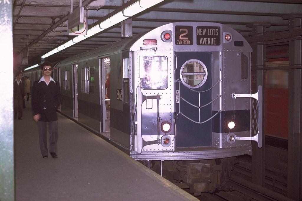(182k, 1024x682)<br><b>Country:</b> United States<br><b>City:</b> New York<br><b>System:</b> New York City Transit<br><b>Line:</b> IRT West Side Line<br><b>Location:</b> 96th Street <br><b>Route:</b> 2<br><b>Car:</b> R-17 (St. Louis, 1955-56) 6663 <br><b>Photo by:</b> Joe Testagrose<br><b>Date:</b> 4/22/1970<br><b>Viewed (this week/total):</b> 1 / 3812