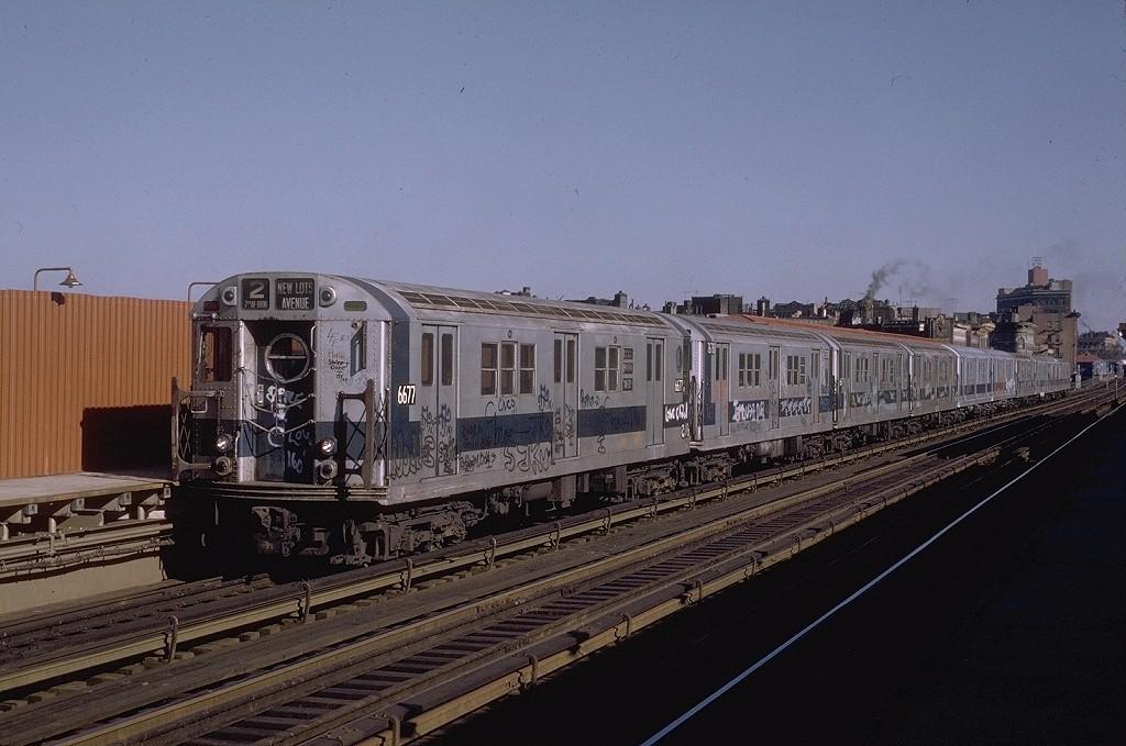 (186k, 1024x679)<br><b>Country:</b> United States<br><b>City:</b> New York<br><b>System:</b> New York City Transit<br><b>Line:</b> IRT White Plains Road Line<br><b>Location:</b> Intervale Avenue <br><b>Route:</b> 2<br><b>Car:</b> R-17 (St. Louis, 1955-56) 6677 <br><b>Photo by:</b> Joe Testagrose<br><b>Date:</b> 11/23/1972<br><b>Viewed (this week/total):</b> 1 / 4040