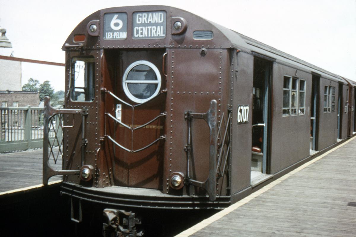 (294k, 1024x683)<br><b>Country:</b> United States<br><b>City:</b> New York<br><b>System:</b> New York City Transit<br><b>Line:</b> IRT Pelham Line<br><b>Location:</b> Pelham Bay Park <br><b>Route:</b> 6<br><b>Car:</b> R-17 (St. Louis, 1955-56) 6707 <br><b>Collection of:</b> David Pirmann<br><b>Date:</b> 4/1966<br><b>Viewed (this week/total):</b> 5 / 8861