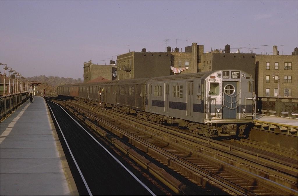 (182k, 1024x674)<br><b>Country:</b> United States<br><b>City:</b> New York<br><b>System:</b> New York City Transit<br><b>Line:</b> IRT West Side Line<br><b>Location:</b> 238th Street <br><b>Route:</b> 1<br><b>Car:</b> R-17 (St. Louis, 1955-56) 6719 <br><b>Photo by:</b> Joe Testagrose<br><b>Date:</b> 11/7/1970<br><b>Viewed (this week/total):</b> 2 / 2607