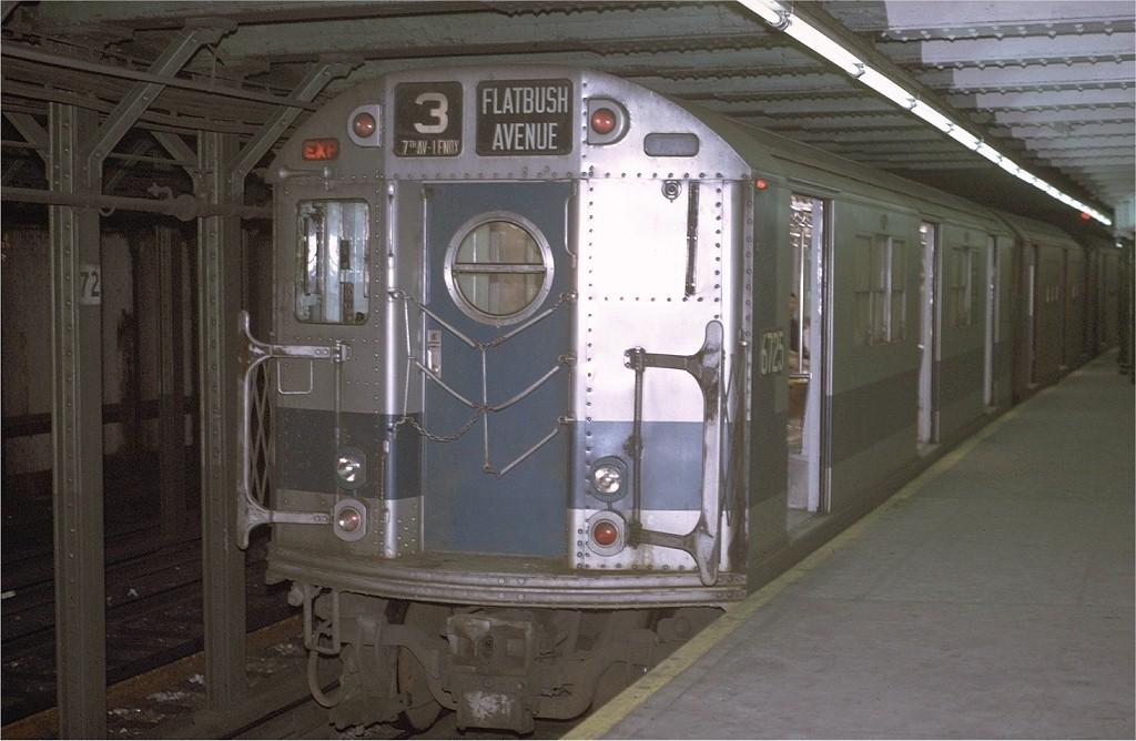 (171k, 1024x668)<br><b>Country:</b> United States<br><b>City:</b> New York<br><b>System:</b> New York City Transit<br><b>Line:</b> IRT West Side Line<br><b>Location:</b> 72nd Street <br><b>Route:</b> 1<br><b>Car:</b> R-17 (St. Louis, 1955-56) 6725 <br><b>Photo by:</b> Joe Testagrose<br><b>Date:</b> 1/2/1971<br><b>Viewed (this week/total):</b> 2 / 2794