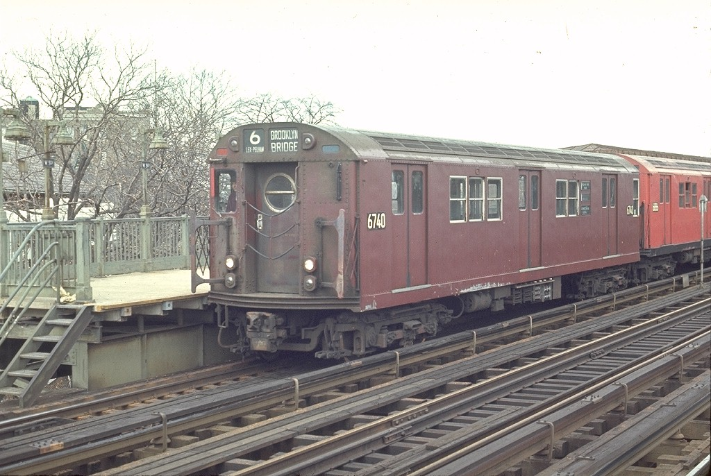 (212k, 1024x686)<br><b>Country:</b> United States<br><b>City:</b> New York<br><b>System:</b> New York City Transit<br><b>Line:</b> IRT Pelham Line<br><b>Location:</b> Westchester Square <br><b>Route:</b> 6<br><b>Car:</b> R-17 (St. Louis, 1955-56) 6740 <br><b>Photo by:</b> Joe Testagrose<br><b>Date:</b> 4/18/1970<br><b>Viewed (this week/total):</b> 2 / 3723