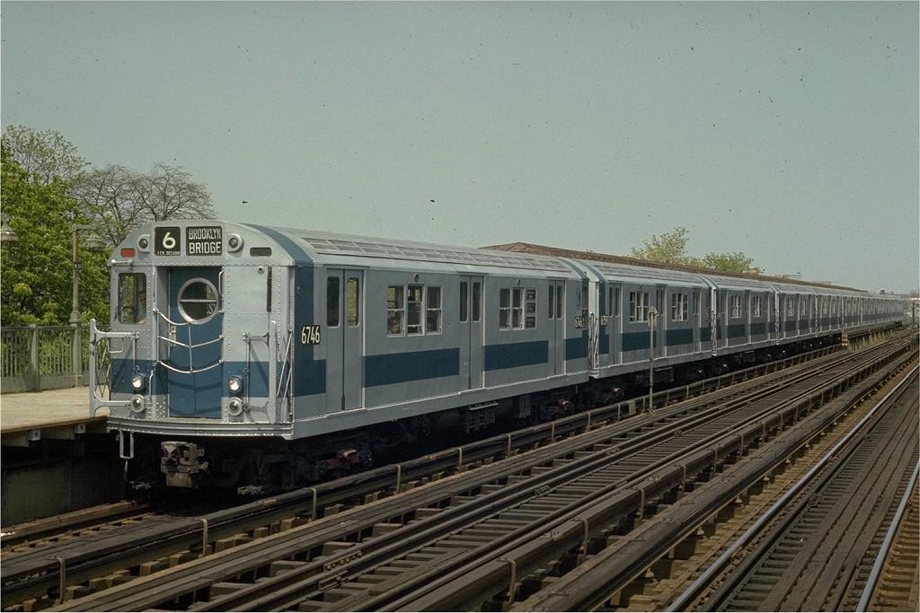 (216k, 1024x683)<br><b>Country:</b> United States<br><b>City:</b> New York<br><b>System:</b> New York City Transit<br><b>Line:</b> IRT Pelham Line<br><b>Location:</b> Westchester Square <br><b>Route:</b> 6<br><b>Car:</b> R-17 (St. Louis, 1955-56) 6746 <br><b>Photo by:</b> Joe Testagrose<br><b>Date:</b> 5/2/1970<br><b>Viewed (this week/total):</b> 3 / 3879
