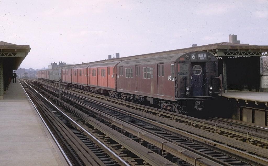 (181k, 1024x636)<br><b>Country:</b> United States<br><b>City:</b> New York<br><b>System:</b> New York City Transit<br><b>Line:</b> IRT Pelham Line<br><b>Location:</b> Castle Hill Avenue <br><b>Route:</b> 6<br><b>Car:</b> R-17 (St. Louis, 1955-56) 6749 <br><b>Photo by:</b> Joe Testagrose<br><b>Date:</b> 11/15/1969<br><b>Viewed (this week/total):</b> 3 / 3395
