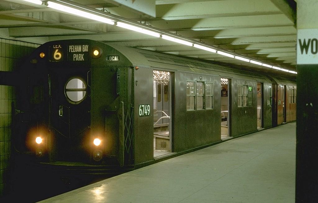(167k, 1024x654)<br><b>Country:</b> United States<br><b>City:</b> New York<br><b>System:</b> New York City Transit<br><b>Line:</b> IRT East Side Line<br><b>Location:</b> Brooklyn Bridge/City Hall <br><b>Route:</b> 6<br><b>Car:</b> R-17 (St. Louis, 1955-56) 6749 <br><b>Photo by:</b> Joe Testagrose<br><b>Date:</b> 11/15/1969<br><b>Viewed (this week/total):</b> 0 / 5049