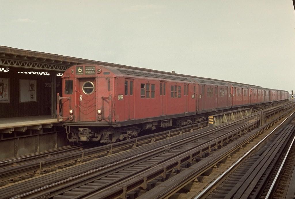 (175k, 1024x691)<br><b>Country:</b> United States<br><b>City:</b> New York<br><b>System:</b> New York City Transit<br><b>Line:</b> IRT Pelham Line<br><b>Location:</b> Castle Hill Avenue <br><b>Route:</b> 6<br><b>Car:</b> R-17 (St. Louis, 1955-56) 6899 <br><b>Photo by:</b> Joe Testagrose<br><b>Date:</b> 4/4/1970<br><b>Viewed (this week/total):</b> 0 / 3791