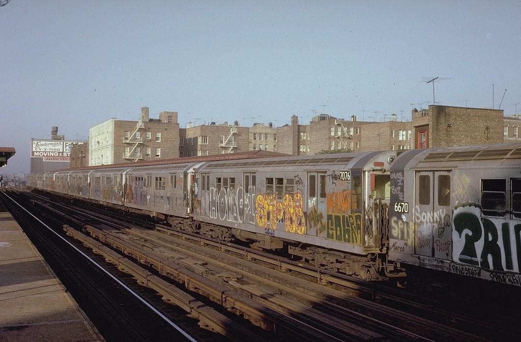 (204k, 1024x672)<br><b>Country:</b> United States<br><b>City:</b> New York<br><b>System:</b> New York City Transit<br><b>Line:</b> IRT Woodlawn Line<br><b>Location:</b> 183rd Street<br><b>Route:</b> 4<br><b>Car:</b> R-21 (St. Louis, 1956-57) 7076 <br><b>Photo by:</b> Steve Zabel<br><b>Collection of:</b> Joe Testagrose<br><b>Date:</b> 7/19/1973<br><b>Viewed (this week/total):</b> 0 / 5684