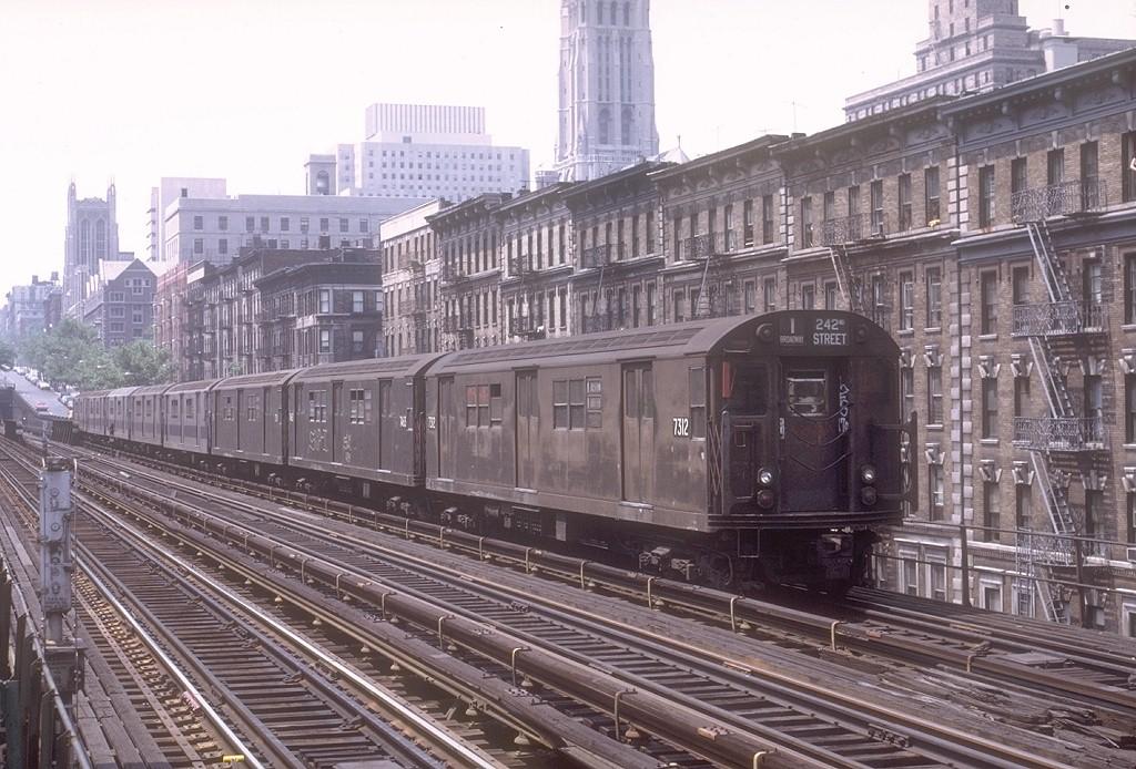 (231k, 1024x694)<br><b>Country:</b> United States<br><b>City:</b> New York<br><b>System:</b> New York City Transit<br><b>Line:</b> IRT West Side Line<br><b>Location:</b> 125th Street <br><b>Route:</b> 1<br><b>Car:</b> R-22 (St. Louis, 1957-58) 7312 <br><b>Photo by:</b> Joe Testagrose<br><b>Date:</b> 6/4/1972<br><b>Viewed (this week/total):</b> 0 / 4067