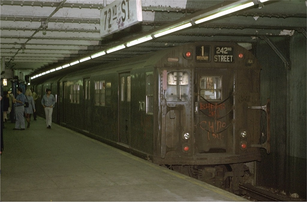 (191k, 1024x674)<br><b>Country:</b> United States<br><b>City:</b> New York<br><b>System:</b> New York City Transit<br><b>Line:</b> IRT West Side Line<br><b>Location:</b> 72nd Street <br><b>Route:</b> 1<br><b>Car:</b> R-22 (St. Louis, 1957-58) 7471 <br><b>Photo by:</b> Joe Testagrose<br><b>Date:</b> 5/22/1972<br><b>Viewed (this week/total):</b> 2 / 3559
