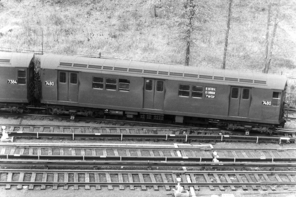 (371k, 1044x709)<br><b>Country:</b> United States<br><b>City:</b> New York<br><b>System:</b> New York City Transit<br><b>Location:</b> East 180th Street Yard<br><b>Car:</b> R-22 (St. Louis, 1957-58) 7480 <br><b>Collection of:</b> David Pirmann<br><b>Viewed (this week/total):</b> 2 / 6595