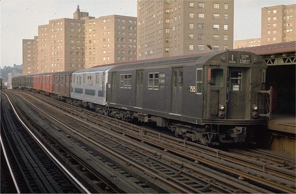 (207k, 1024x672)<br><b>Country:</b> United States<br><b>City:</b> New York<br><b>System:</b> New York City Transit<br><b>Line:</b> IRT West Side Line<br><b>Location:</b> 225th Street <br><b>Route:</b> 1<br><b>Car:</b> R-22 (St. Louis, 1957-58) 7515 <br><b>Photo by:</b> Joe Testagrose<br><b>Date:</b> 5/31/1970<br><b>Viewed (this week/total):</b> 0 / 2738