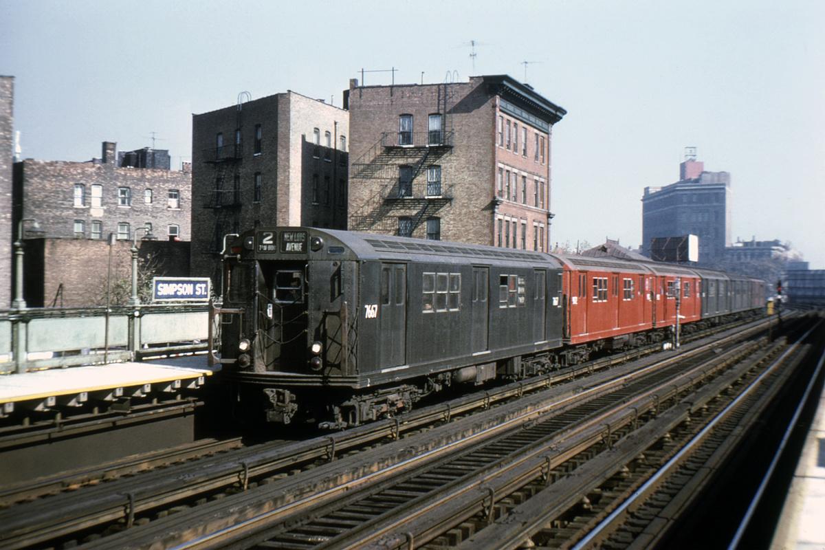 (406k, 1024x683)<br><b>Country:</b> United States<br><b>City:</b> New York<br><b>System:</b> New York City Transit<br><b>Line:</b> IRT White Plains Road Line<br><b>Location:</b> Simpson Street <br><b>Route:</b> 2<br><b>Car:</b> R-22 (St. Louis, 1957-58) 7667 <br><b>Collection of:</b> David Pirmann<br><b>Viewed (this week/total):</b> 2 / 5209
