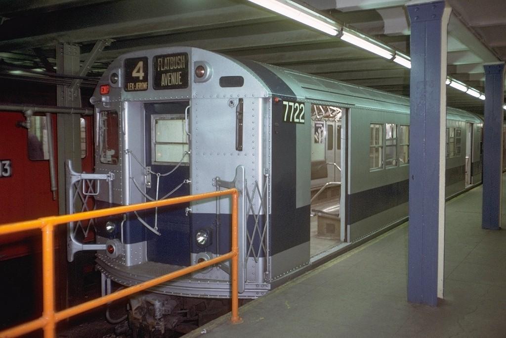 (176k, 1024x683)<br><b>Country:</b> United States<br><b>City:</b> New York<br><b>System:</b> New York City Transit<br><b>Line:</b> IRT Brooklyn Line<br><b>Location:</b> Flatbush Avenue <br><b>Route:</b> 4<br><b>Car:</b> R-22 (St. Louis, 1957-58) 7722 <br><b>Photo by:</b> Doug Grotjahn<br><b>Collection of:</b> Joe Testagrose<br><b>Date:</b> 1/8/1972<br><b>Viewed (this week/total):</b> 0 / 5260