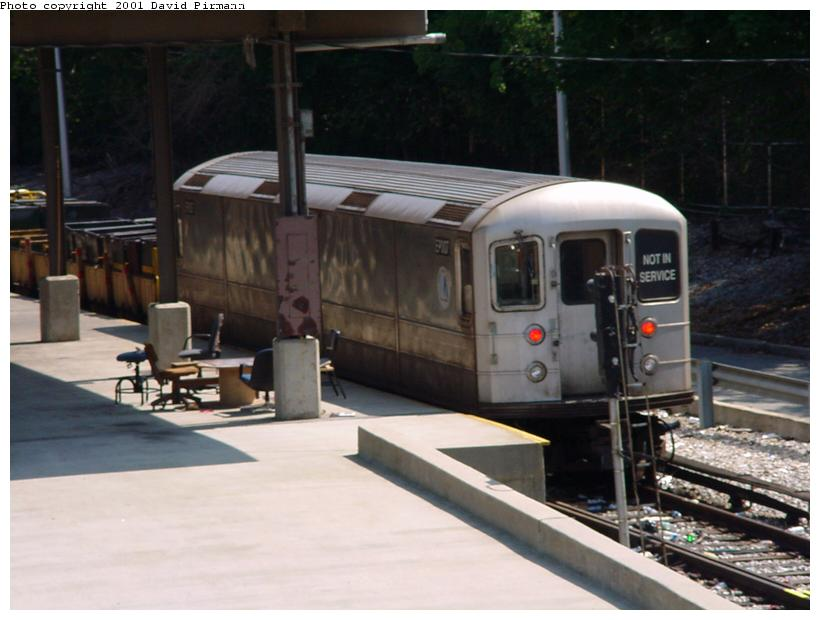 (63k, 820x620)<br><b>Country:</b> United States<br><b>City:</b> New York<br><b>System:</b> New York City Transit<br><b>Line:</b> BMT West End Line<br><b>Location:</b> 9th Avenue <br><b>Car:</b> R-127/R-134 (Kawasaki, 1991-1996) EP007 <br><b>Photo by:</b> David Pirmann<br><b>Date:</b> 8/26/2001<br><b>Viewed (this week/total):</b> 0 / 4488