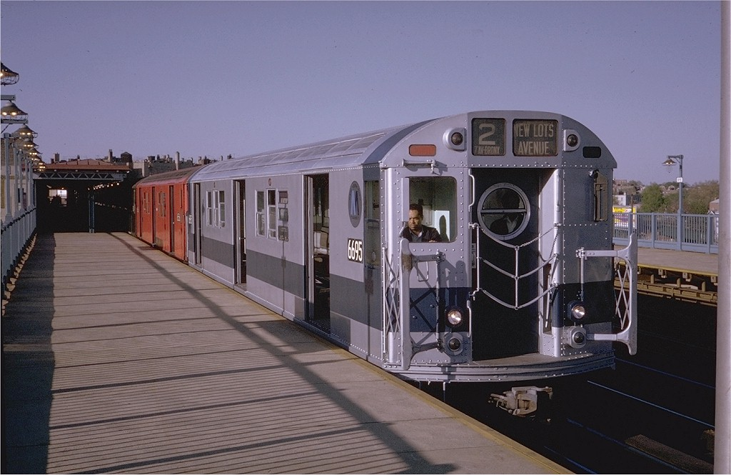 (171k, 1024x665)<br><b>Country:</b> United States<br><b>City:</b> New York<br><b>System:</b> New York City Transit<br><b>Line:</b> IRT White Plains Road Line<br><b>Location:</b> Bronx Park East <br><b>Route:</b> 2<br><b>Car:</b> R-17 (St. Louis, 1955-56) 6695 <br><b>Photo by:</b> Steve Zabel<br><b>Collection of:</b> Joe Testagrose<br><b>Date:</b> 5/14/1970<br><b>Viewed (this week/total):</b> 1 / 3597