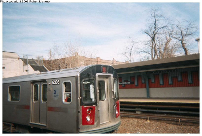 (76k, 820x553)<br><b>Country:</b> United States<br><b>City:</b> New York<br><b>System:</b> New York City Transit<br><b>Line:</b> IRT Dyre Ave. Line<br><b>Location:</b> Gun Hill Road <br><b>Car:</b> R-142 (Primary Order, Bombardier, 1999-2002)  6306 <br><b>Photo by:</b> Robert Marrero<br><b>Viewed (this week/total):</b> 3 / 4108