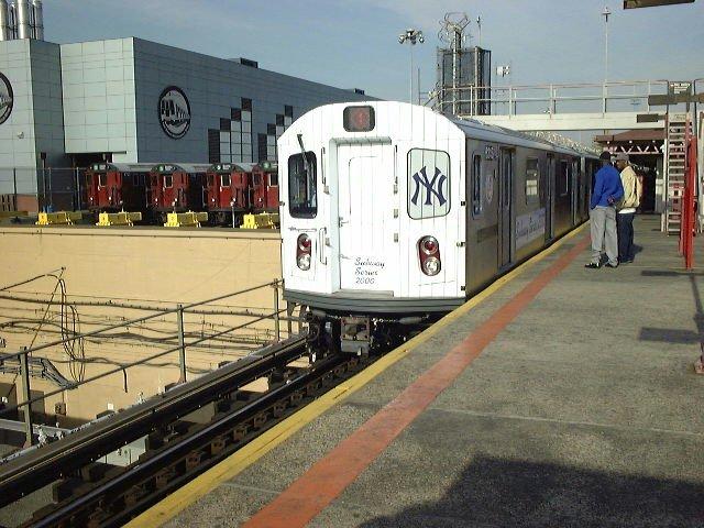 (87k, 640x480)<br><b>Country:</b> United States<br><b>City:</b> New York<br><b>System:</b> New York City Transit<br><b>Line:</b> IRT White Plains Road Line<br><b>Location:</b> East 180th Street <br><b>Car:</b> R-142 (Primary Order, Bombardier, 1999-2002)  6310 <br><b>Photo by:</b> Trevor Logan<br><b>Date:</b> 10/21/2000<br><b>Notes:</b> World Series Special<br><b>Viewed (this week/total):</b> 5 / 10233