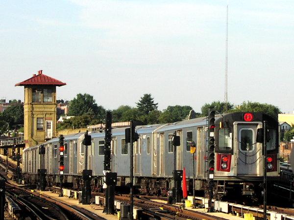 (78k, 600x450)<br><b>Country:</b> United States<br><b>City:</b> New York<br><b>System:</b> New York City Transit<br><b>Line:</b> IRT White Plains Road Line<br><b>Location:</b> 238th Street (Nereid Avenue) <br><b>Route:</b> 2<br><b>Car:</b> R-142 (Primary Order, Bombardier, 1999-2002)  6326 <br><b>Photo by:</b> Trevor Logan<br><b>Date:</b> 7/2001<br><b>Viewed (this week/total):</b> 1 / 7014