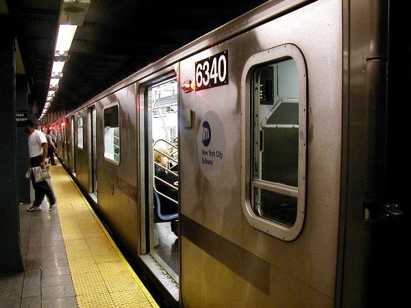 (77k, 600x450)<br><b>Country:</b> United States<br><b>City:</b> New York<br><b>System:</b> New York City Transit<br><b>Line:</b> IRT East Side Line<br><b>Location:</b> 14th Street/Union Square <br><b>Route:</b> 6<br><b>Car:</b> R-142 (Primary Order, Bombardier, 1999-2002)  6340 <br><b>Photo by:</b> Trevor Logan<br><b>Date:</b> 7/2001<br><b>Viewed (this week/total):</b> 1 / 5499