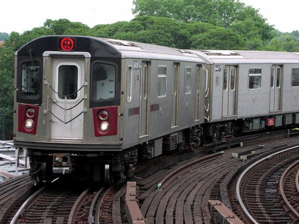 (89k, 600x450)<br><b>Country:</b> United States<br><b>City:</b> New York<br><b>System:</b> New York City Transit<br><b>Line:</b> IRT White Plains Road Line<br><b>Location:</b> West Farms Sq./East Tremont Ave./177th St. <br><b>Route:</b> 2<br><b>Car:</b> R-142 (Primary Order, Bombardier, 1999-2002)  6416 <br><b>Photo by:</b> Trevor Logan<br><b>Date:</b> 7/17/2001<br><b>Viewed (this week/total):</b> 0 / 5170